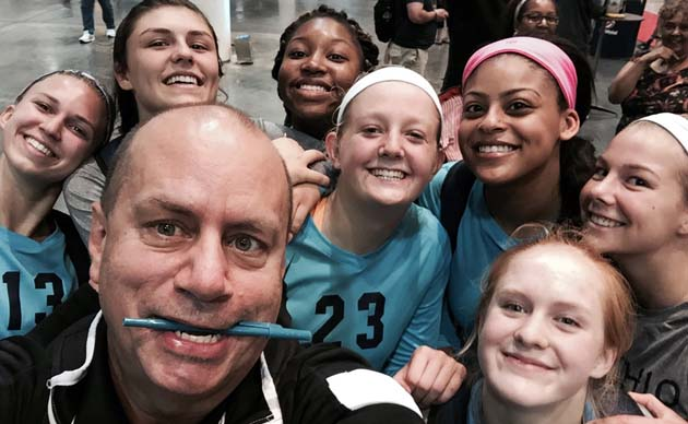 Took this selfie with Michio's players before the team's big win